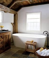 Et Si On Créait Une Salle De Baignoires Salle De Bain Rustique Et Rurale Sauf La Baignoire Salle De Bain