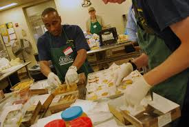volunteering on thanksgiving and during the holidays in philly