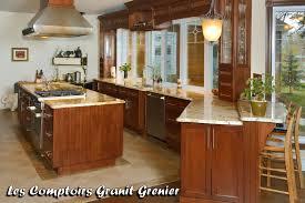 cuisine coloniale comptoir de granit et quartz comptoirs de cuisine en granit