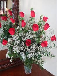 Long Stem Rose Vase Dozen Long Stem Red Roses Designed In Clear Glass Vase Albany