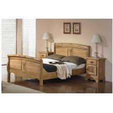 chambre en chene massif chambre ardeche chene massif lit et 2 chevets les meubles du chalet