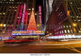 radio city christmas stock photos u0026 radio city christmas stock
