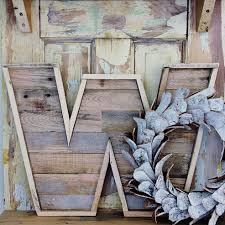Barn Wood Letters How To Make A Wood Pallet Letter Creative Crafts Pinterest