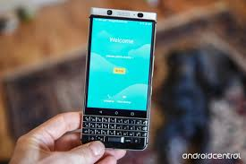 blackberry may begin licensing its android software to other