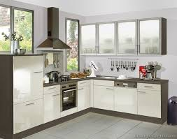 Cream Colored Kitchen Cabinets 157 Best Glass Cabinets Images On Pinterest Glass Cabinets