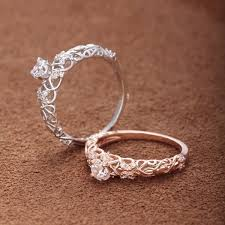 silver diamond rings best 25 silver engagement rings ideas on circle