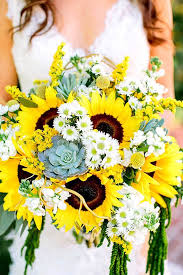 sunflower bouquets 24 brilliant sunflower wedding bouquets for happy wedding