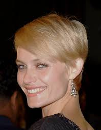 boy cut hairstyles for women over 50 amber valletta boy cut for women jpg 574 739 amber valletta