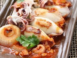cuisiner des calamars calamars farcis découvrez vite cette recette de calamars rôtis et