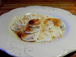 cuisiner du radis noir carpaccio de radis noir à la sauce asiatique labonnesoupe