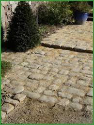 Laying Patio Slabs Best 25 Laying Paving Slabs Ideas On Pinterest Laying A Patio