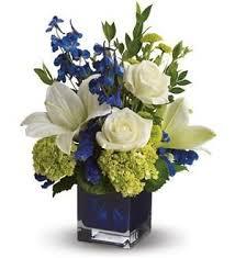 Floral Arrangements Centerpieces Best 25 Blue Flower Centerpieces Ideas On Pinterest Blue