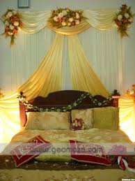 Golden Night Bed Decoration Wedding Bedroom Decoration With Flowers And Candles Inspirations