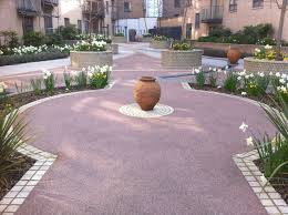 pod landscapes are a family run professional grounds care contractor