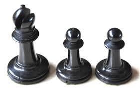 antique type 10 staunton chess set library size
