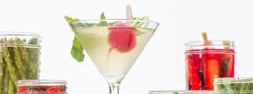 cocktail splash png order a martini like a boss drizly