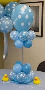 centerpiece for baby shower baby shower balloon decor