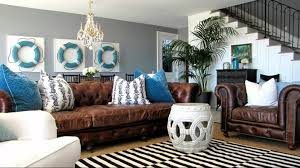 Beach Themed Living Room by Living Room Chic Bright Turquoise Living Room With Seville Rug