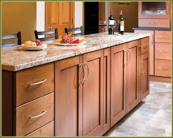Maple Cabinet Kitchen Best 25 Shaker Style Kitchens Ideas Only On Pinterest Grey