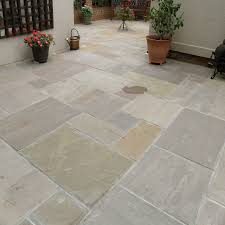 Paving Slab Calculator Design by Natural Paving Riven Sandstone U0027classicstone U0027 Raj Lakeland Paving