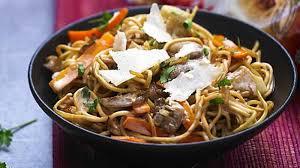 chinois à la cuisine cuisine asiatique chinois id es de d coration s curit la