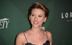 popcorn hairstyle scarlett johansson s popcorn shop and 7 other hollywood stars