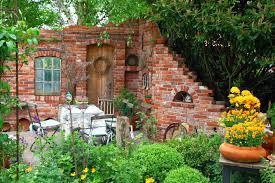 gartendeko blog ruinenmauern