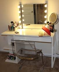Antique White Makeup Vanity Bedroom Antique White Makeup Vanity Set With Lights And Drawers