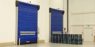 porte isotherme chambre froide portes souples isothermes dans la chaîne du froid