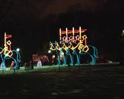 festival of lights niagara falls the winter festival of lights in niagara falls maple mouse mama