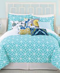 Beach Bedspread 20 Awesome Dorm Room Bedding Ideas Teen Vogue