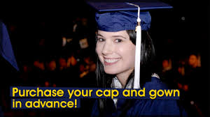 cap and gown price uic commencement