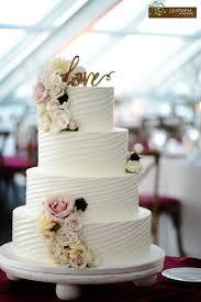 wedding cakes designs best 25 buttercream wedding cake ideas on