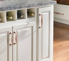 Country Kitchen Cabinet Hardware Home Accessories Oak Kitchen Cabinets With Simple Amerock And