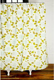 Design Your Own Shower Curtain Turn A Flat Sheet Into A Grommet Topped Shower Curtain Modhomeec