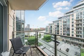commodore house battersea reach sw18 2 bed apartment sw18 1tw