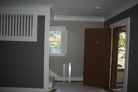 rare construction entry color transition to upstairs