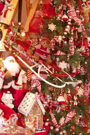 christmas tree themes creative design reflections