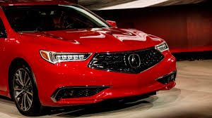 acura acura tlx restyling hopes to fix bad decisions