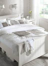 chambre en bois blanc beautiful chambre en bois blanc photos design trends 2017