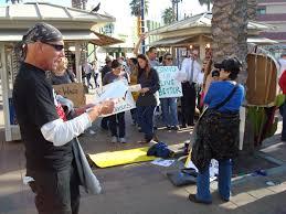 walmart black friday strike walmart black friday strike don u0027t stop shoppers orange juice blog