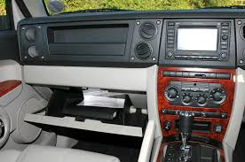 jeep commander 2013 interior jeep commander station wagon review 2006 2009 parkers