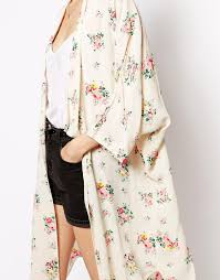 ganni kimono in vintage flower print buy new look bra new look