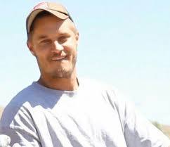 what is going on with travis fimmels hair in vikings 371 best travis fimmel images on pinterest vikings the universe