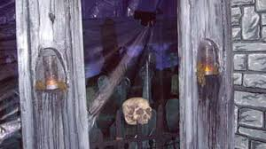 How To Decorate Home For Halloween 14 Projects To Make The Ultimate Diy Haunted House
