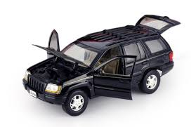 jeep cherokee toy motormax black jeep grand cherokee suv 1 18 scale diecast model car