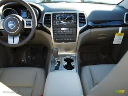 jeep grand cherokee dashboard 2013 jeep grand cherokee laredo x package 4x4 black light frost
