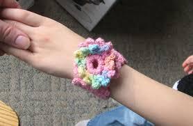 bracelet crochet patterns images 16 easy crochet bracelet patterns guide patterns jpg