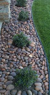 gravel landscaping designs types of stone mulch gardening