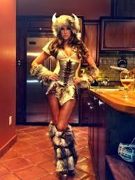 halloween wwe costumes wwe model u0026 wrestler kelly kelly tweets a pic on halloween